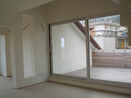 Alassio appartamenti attici ristrutturati immobiliare for Appartamenti ristrutturati